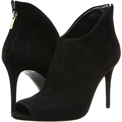 Enzo Angiolini - Loves It